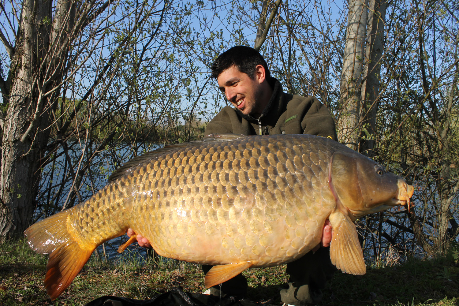 http://starbaits.com/fichiers/images/team/gallery/DUCERE_Cedric/20-DUCERE-CEDRIC.JPG